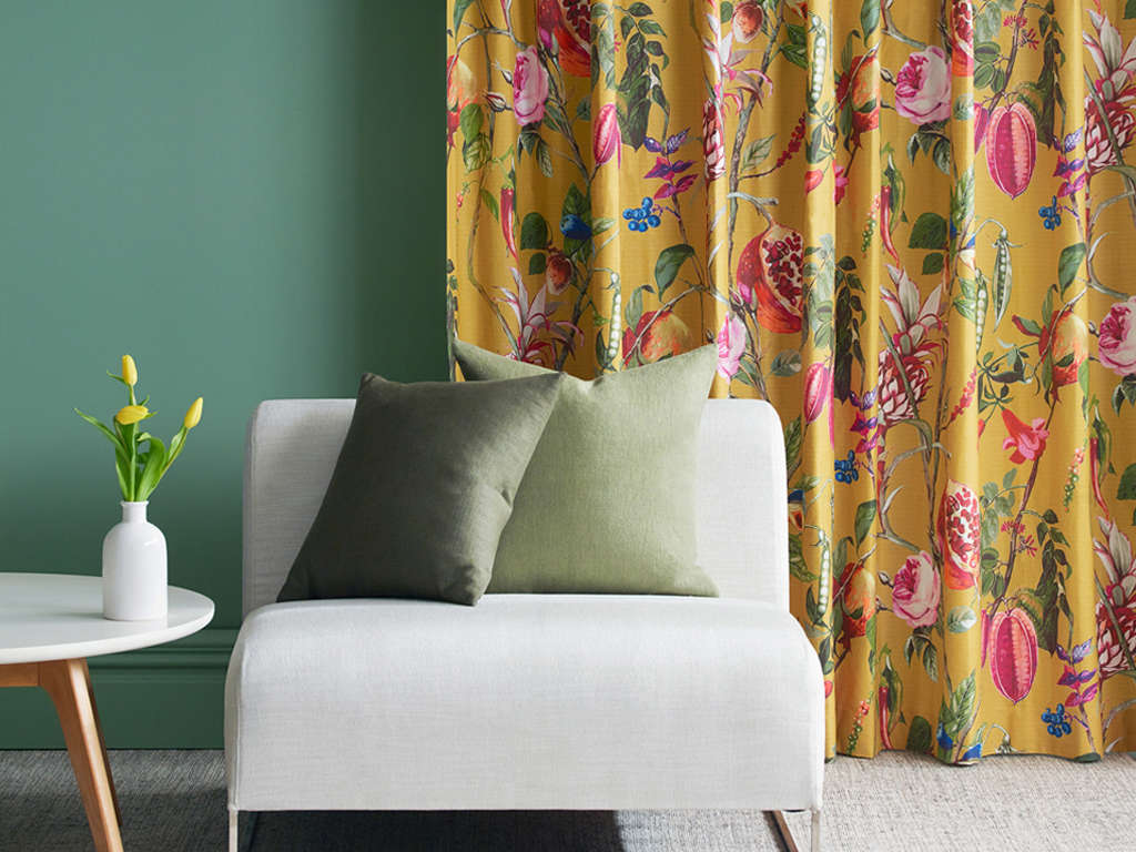 Curtains Web Banner