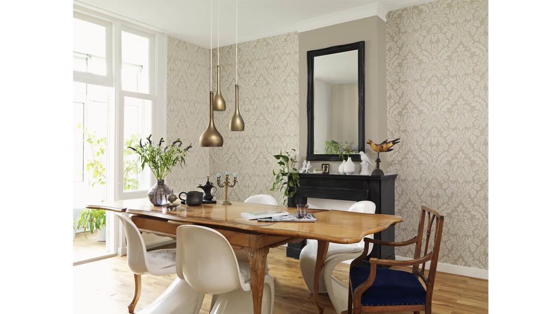 How-to-hang-wallpaper-Tropic-Exotic.jpg#asset:23766